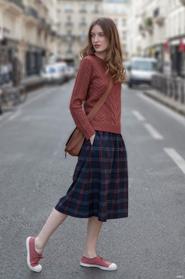 http://stylecarrot.com/2014/08/20/style-right-now-chunky-knits-and-slouchy-sweaters-skirts/