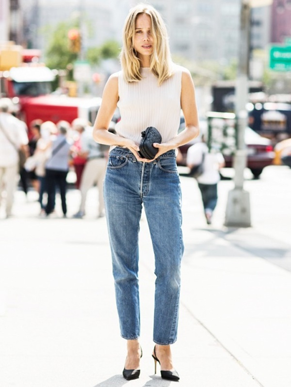 closetfulofclothes.com/how-to-wear-mom-jeans-without-looking-like-a-mom/