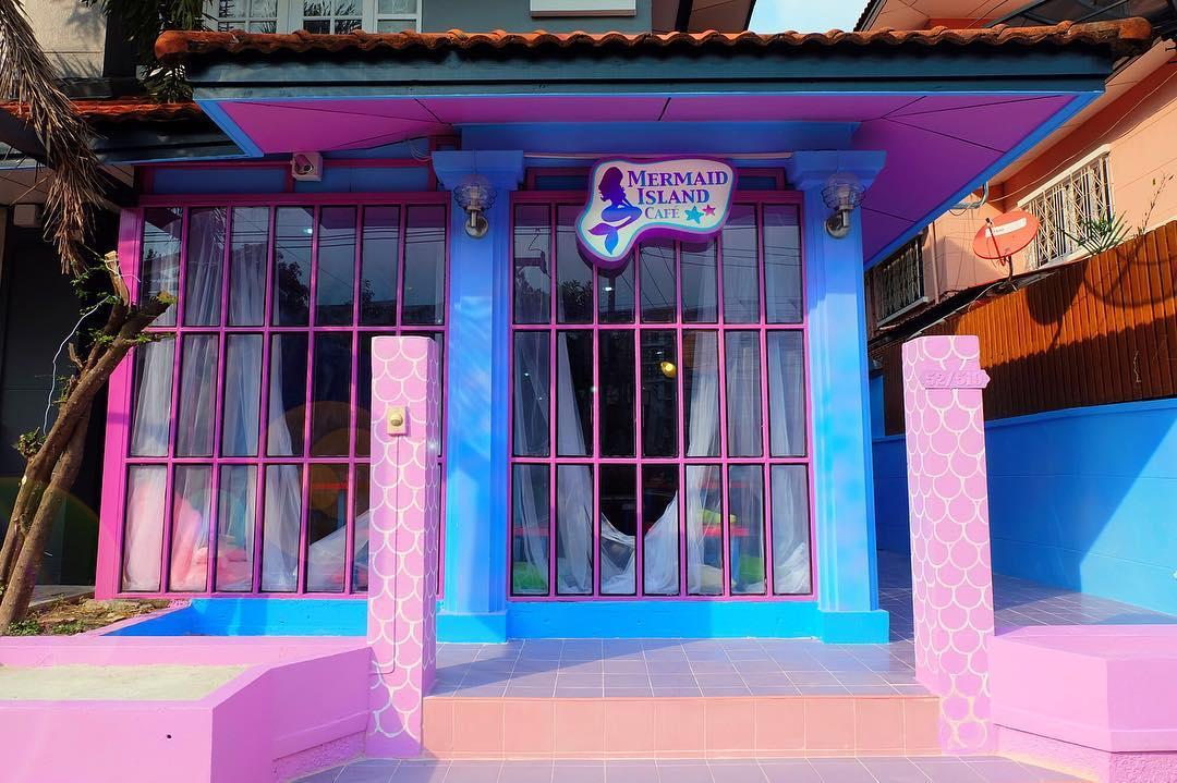 mermaidislandcafe_02