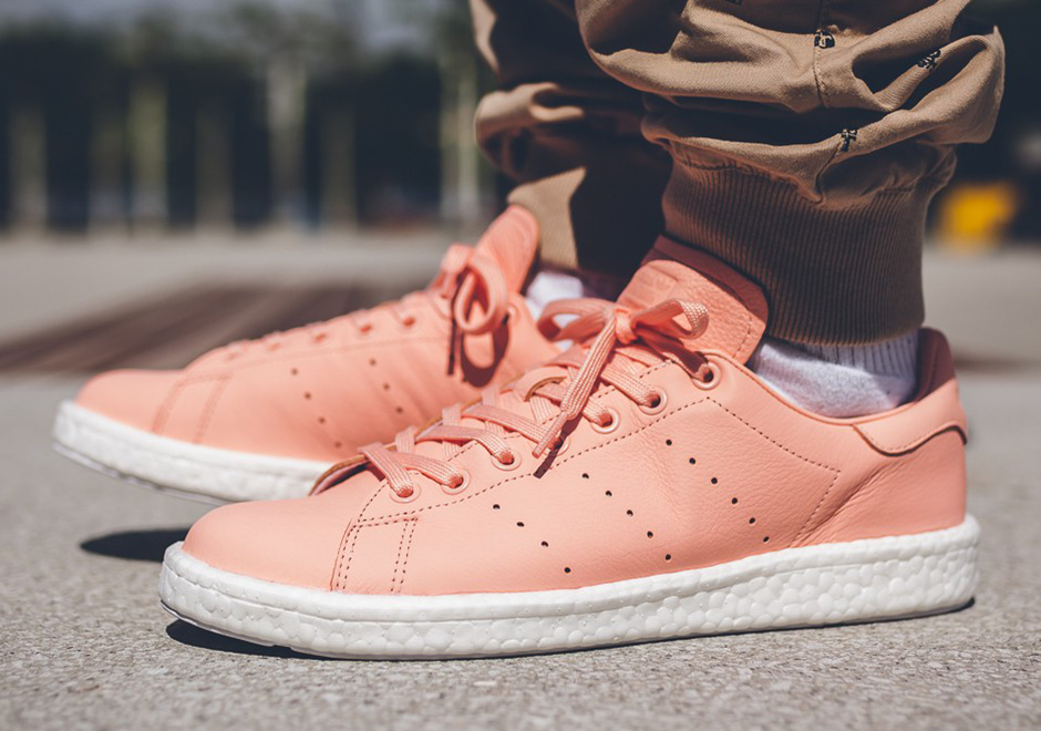 adidas-stan-smith-boost-haze-coral-01