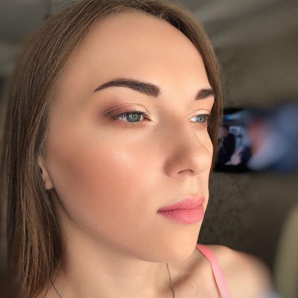 @_makeup_a_