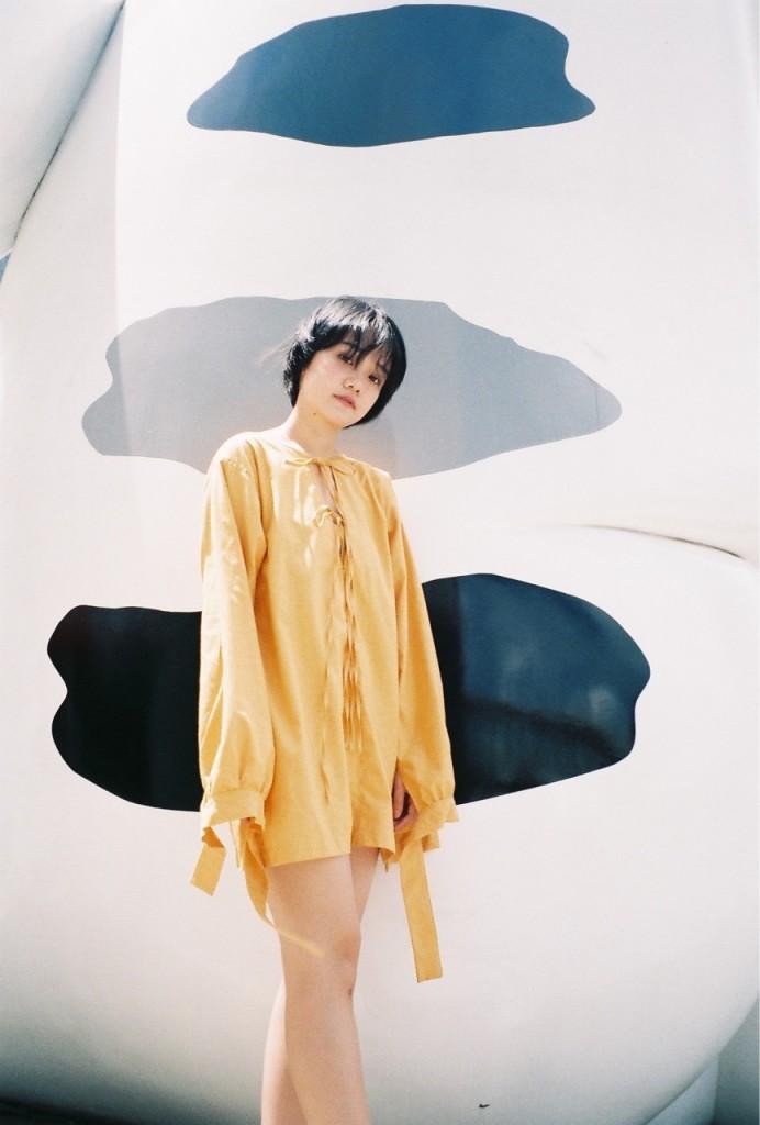 เดรสสีเหลือง