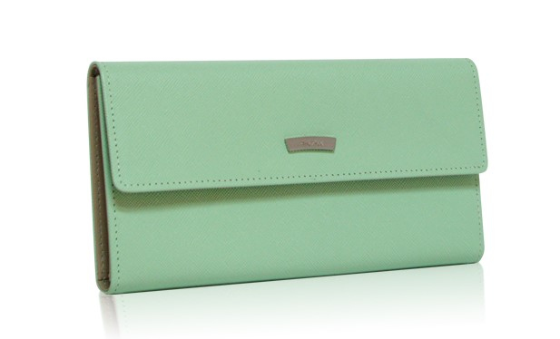 กระเป๋าสตางค์สีเขียว