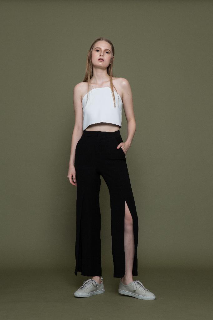 กางเกงขายาวแหวกสีดำ