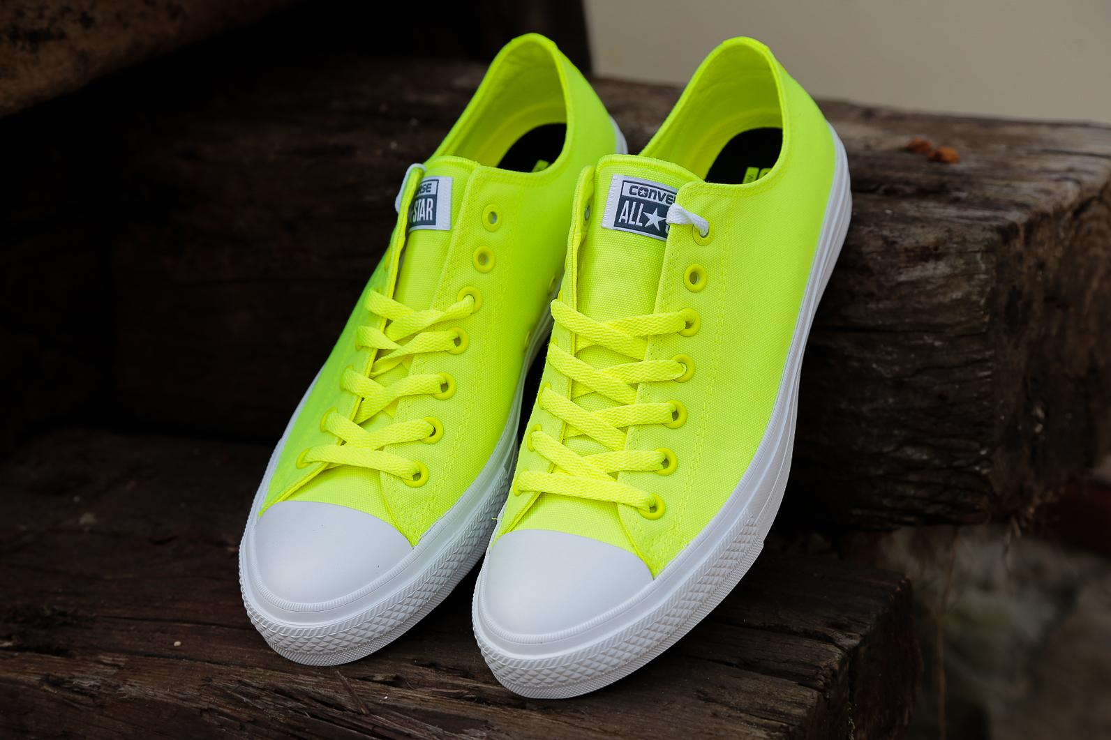 converse-chuck-taylor-ii-neon-yellow-low-(4-of-4)