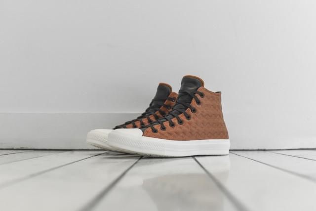 Converse-Chuck-Taylor-II-3-640x427