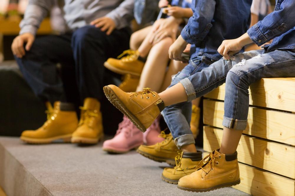re_P_yelow boot _ Kids