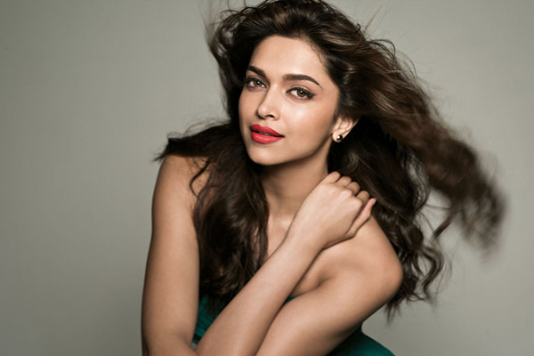 The best of beauty on Bollywood actresses | BeBEAUTIFUL