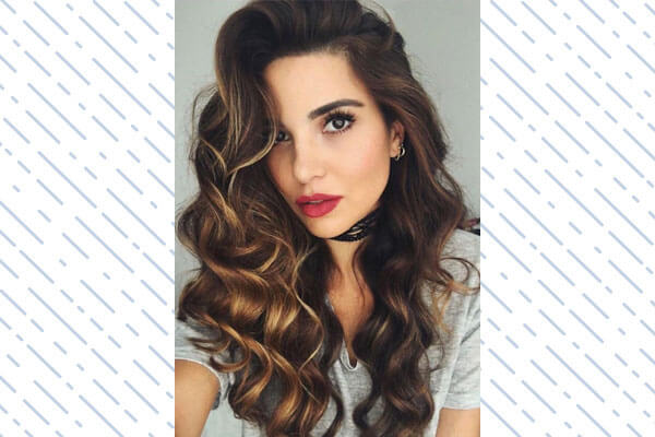 large beachy waves hairstyle for women