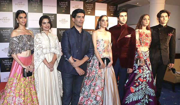 What to expect from Manish Malhotra's collection at Lakmé Fashion Week W/F 2016
