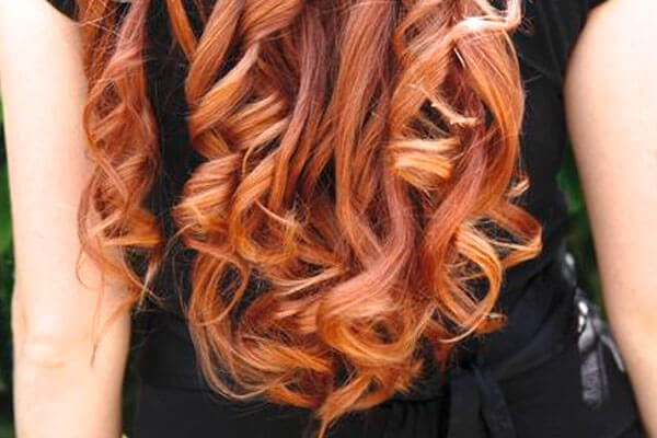 how to make curls using a straightener