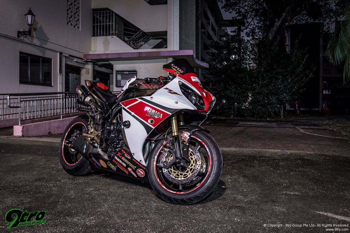 Yamaha 50th Anniversary Edition YZF-R1 - Seeing Red & White