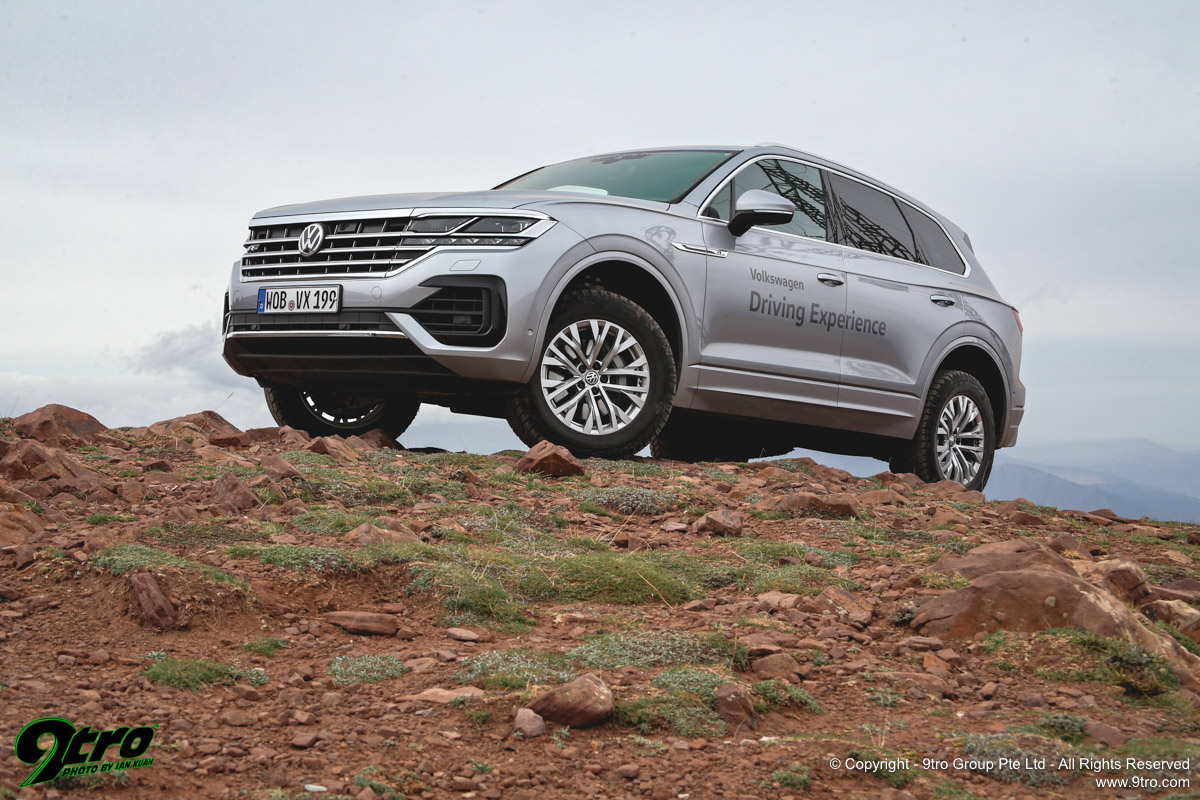 Volkswagen Touareg Off-Road - The Long Way Round