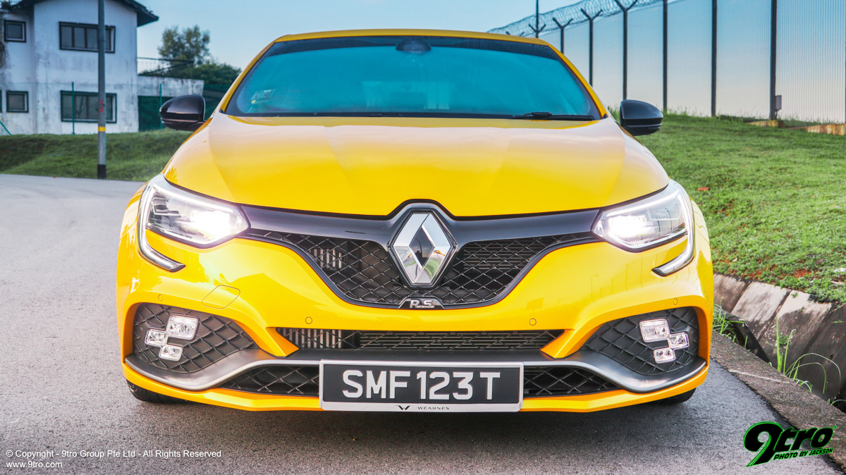 Renault Megane RS - Yellow Bullet