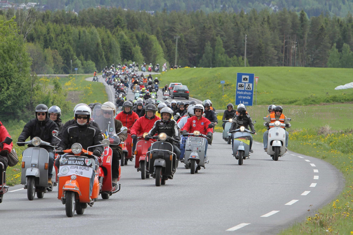 Vespa 13th edition of world days