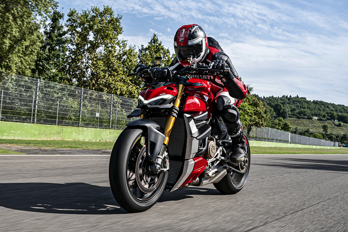 The new Ducati Streetfighter V4