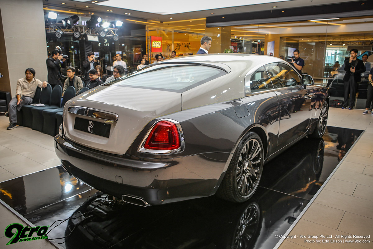 Aston Martin and Rolls-Royce - The Pinnacle of Luxury
