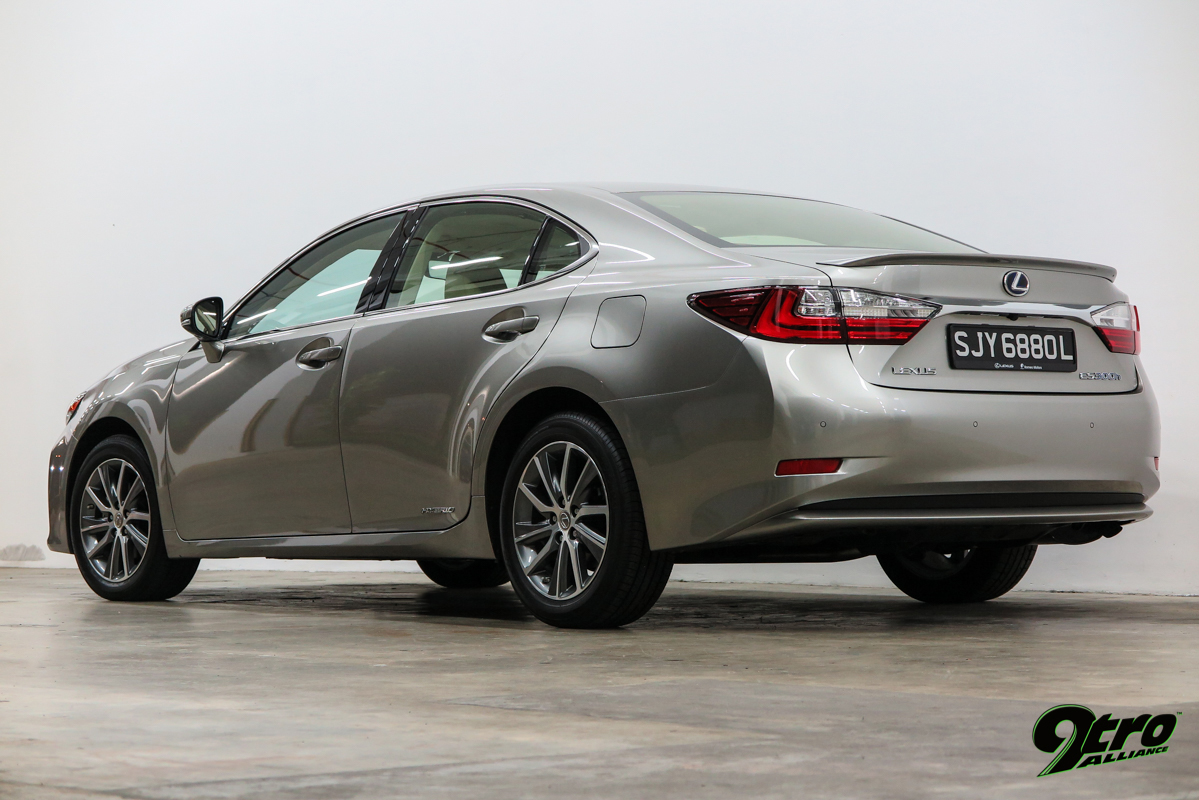 Lexus ES 300h – Ecological Supremacy