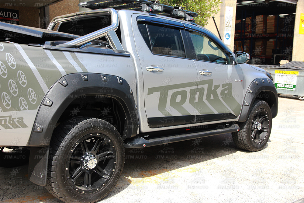 4 Pcs Wrinkle Fender Flares Wheel Arch Pocket Style to suit Toyota Hilux 15-18