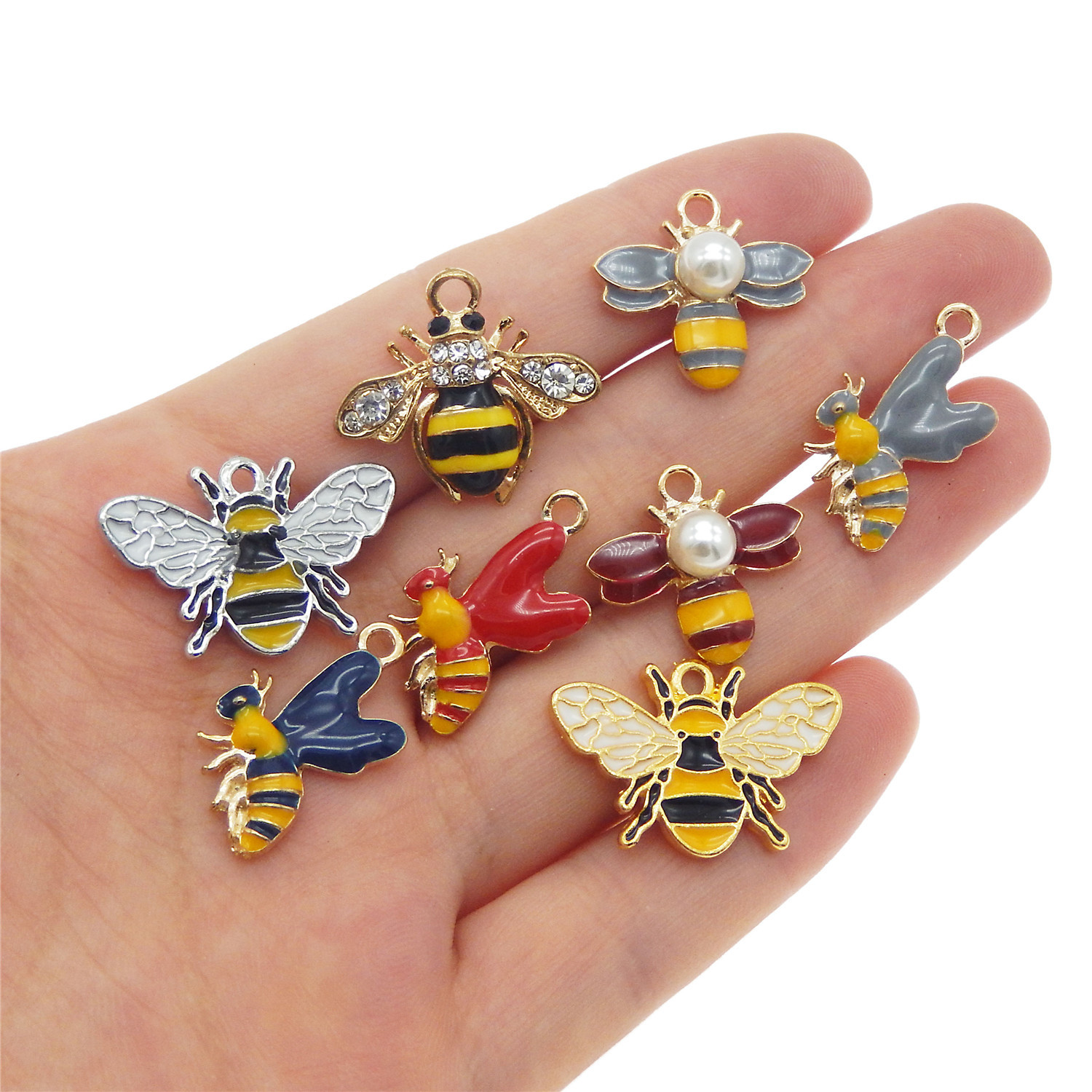 6 pcs Enamel Plated Mini Cute Honey Bee Look Metal Charms Pendants Findings