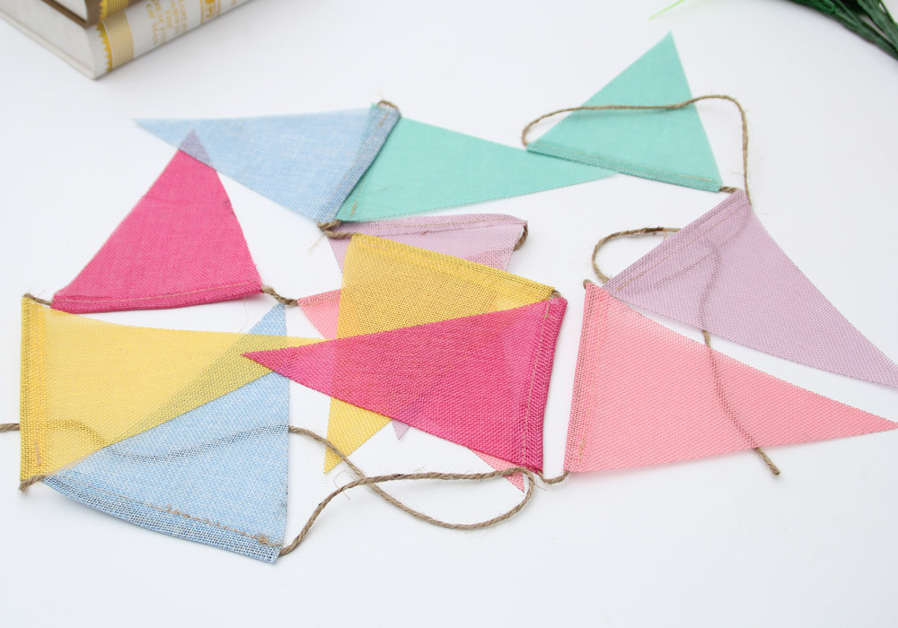 1 Strand Triangle Shaped Burlap Flags Bunting Banners Wedding Home Decoration