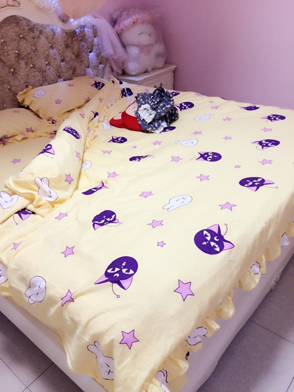 rare sailor moon yellow  u0026 pink tsukino usagi futon bed sheets pillow case set rare sailor moon yellow  u0026 pink tsukino usagi futon bed sheets      rh   ebay