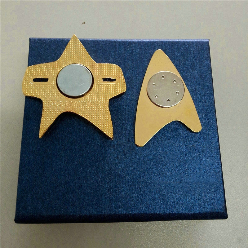 how to make star trek badge