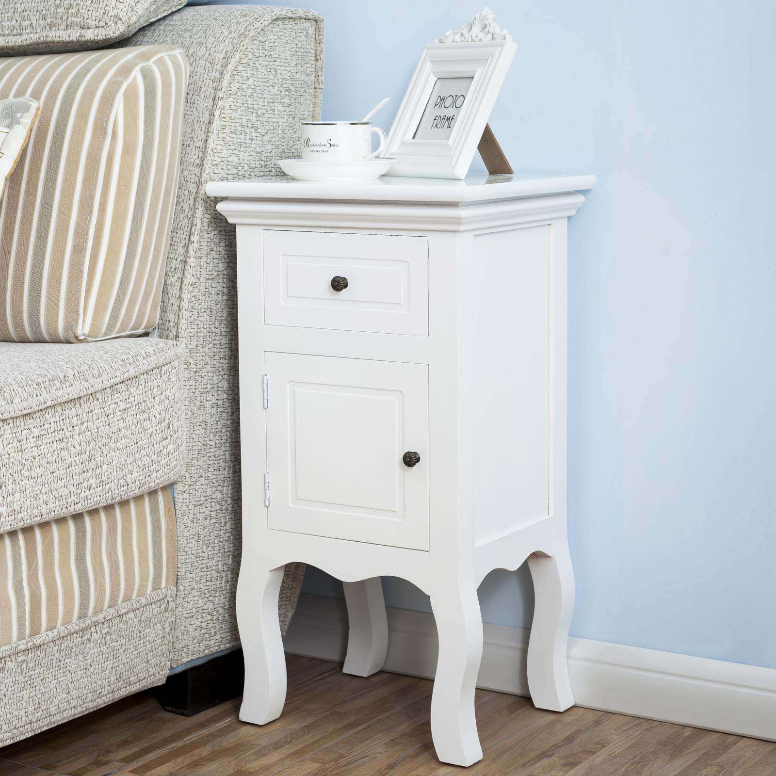 Une paire de tables de chevet avec 1 tiroir 1 porte table - Table de chevet classique ...