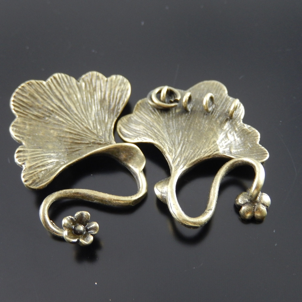 4pcs Antiqued Bronze Brass  Leaf Shaped Charms Clasp Pendant Jewelry Accessory