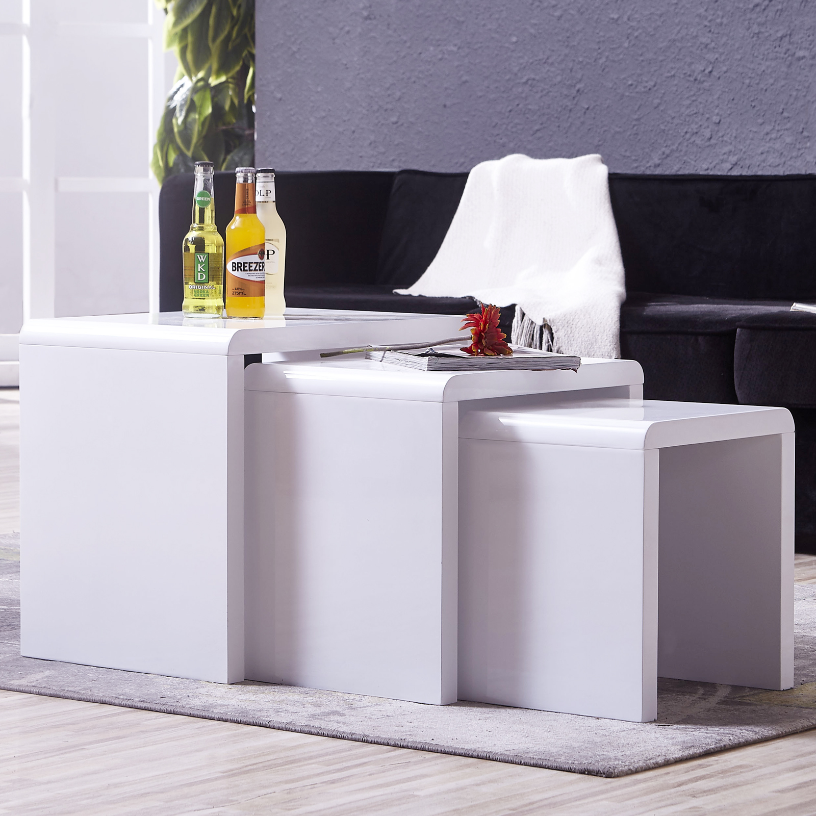 Nest Of 3 High Gloss White Curved Coffee Table Side Tables: High Gloss White Solid Nest Of 3 Coffee Tables MDF