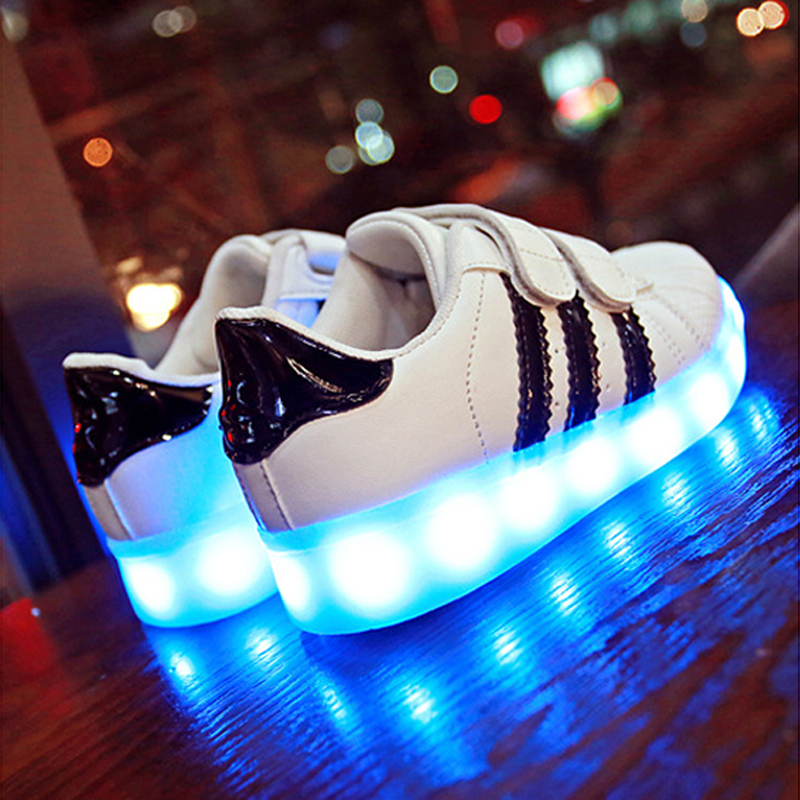 LED Light Up Shoes Trainers Luminous Sneakers Children ...