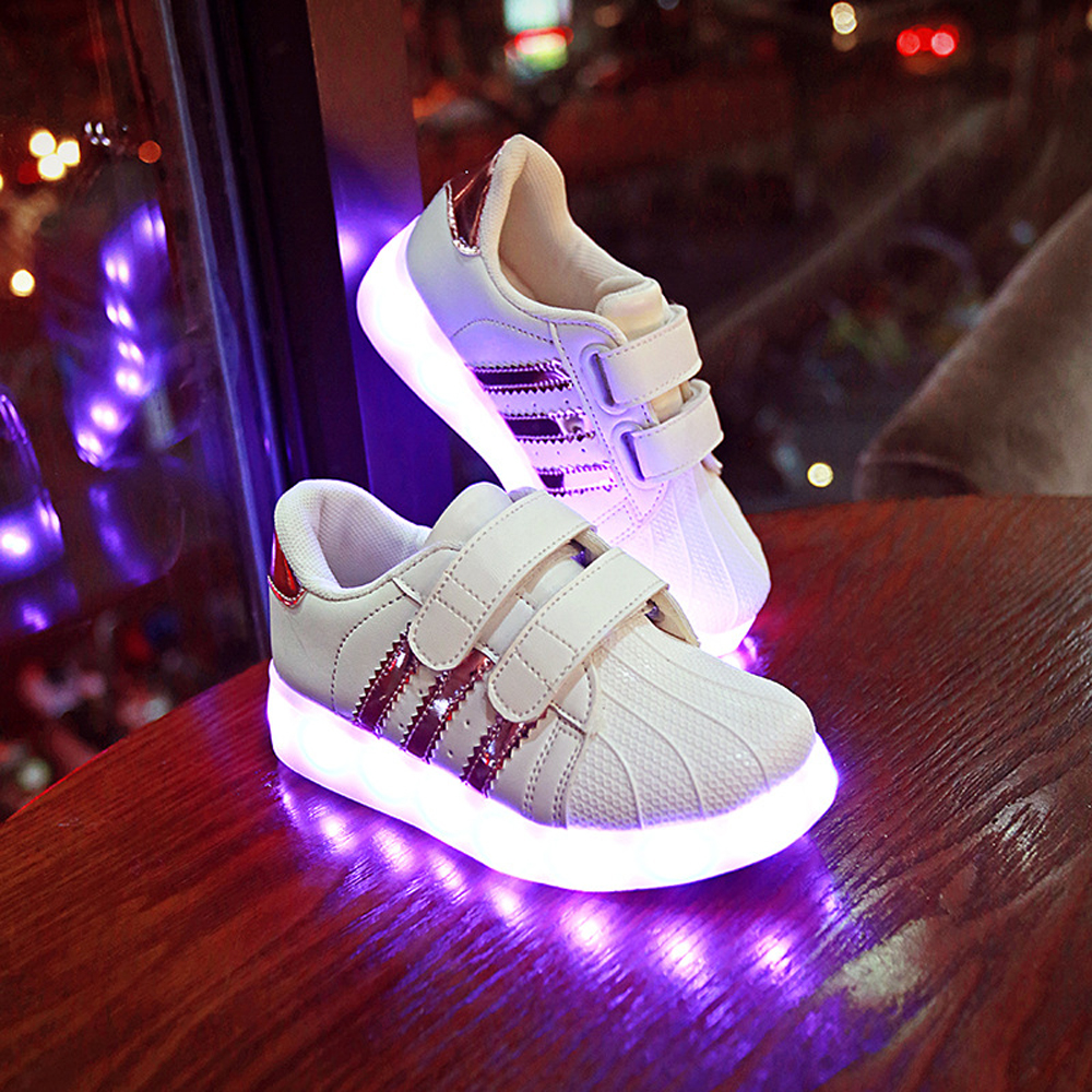 LED Light Up Shoes Trainers Luminous Sneakers Children