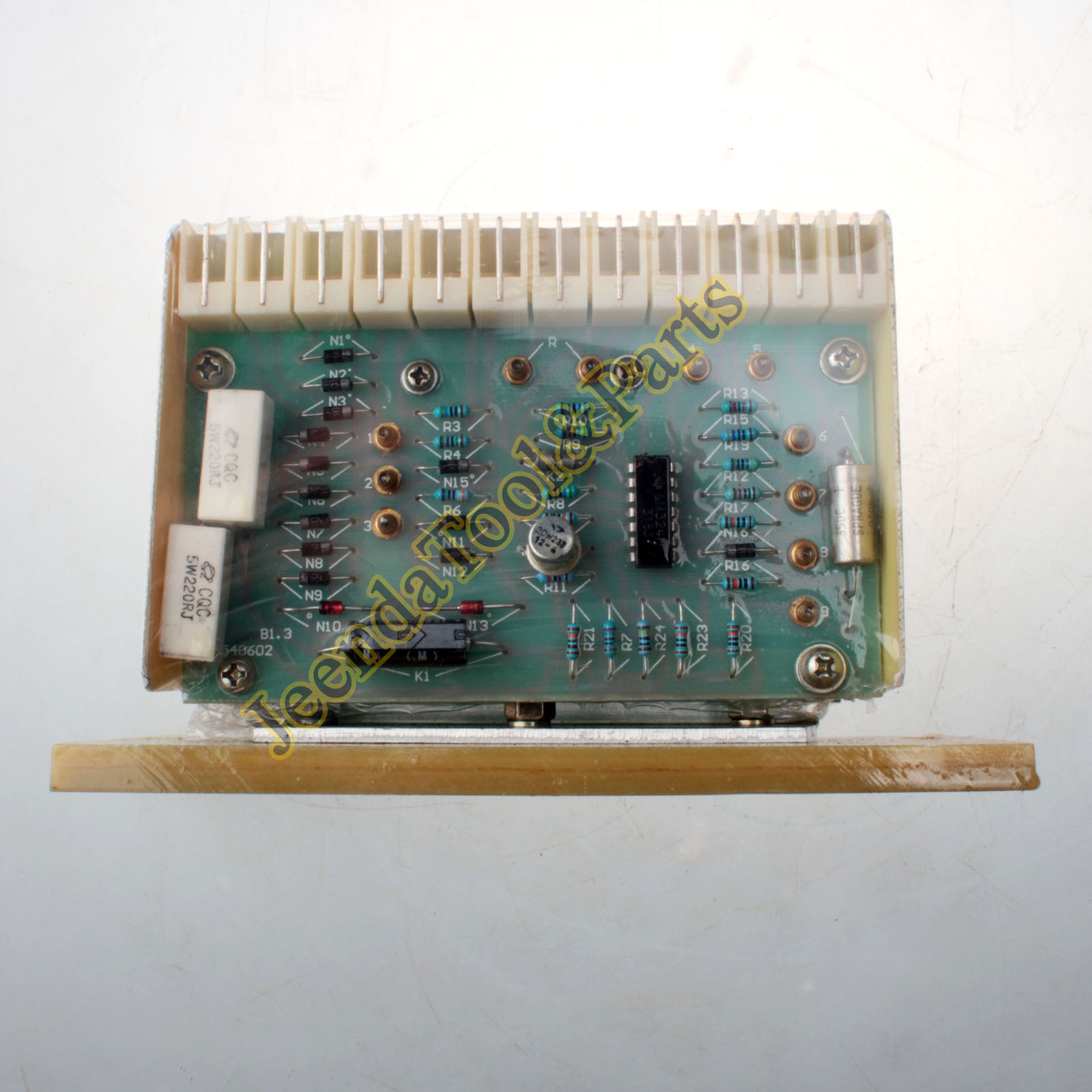 DESCRIPTION New Siemens Voltage Regulator AVR 6GA2
