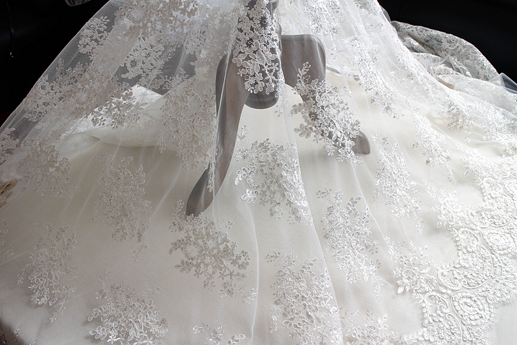 1 yard evening bridal wedding dress embroidered white for White lace fabric for wedding dresses