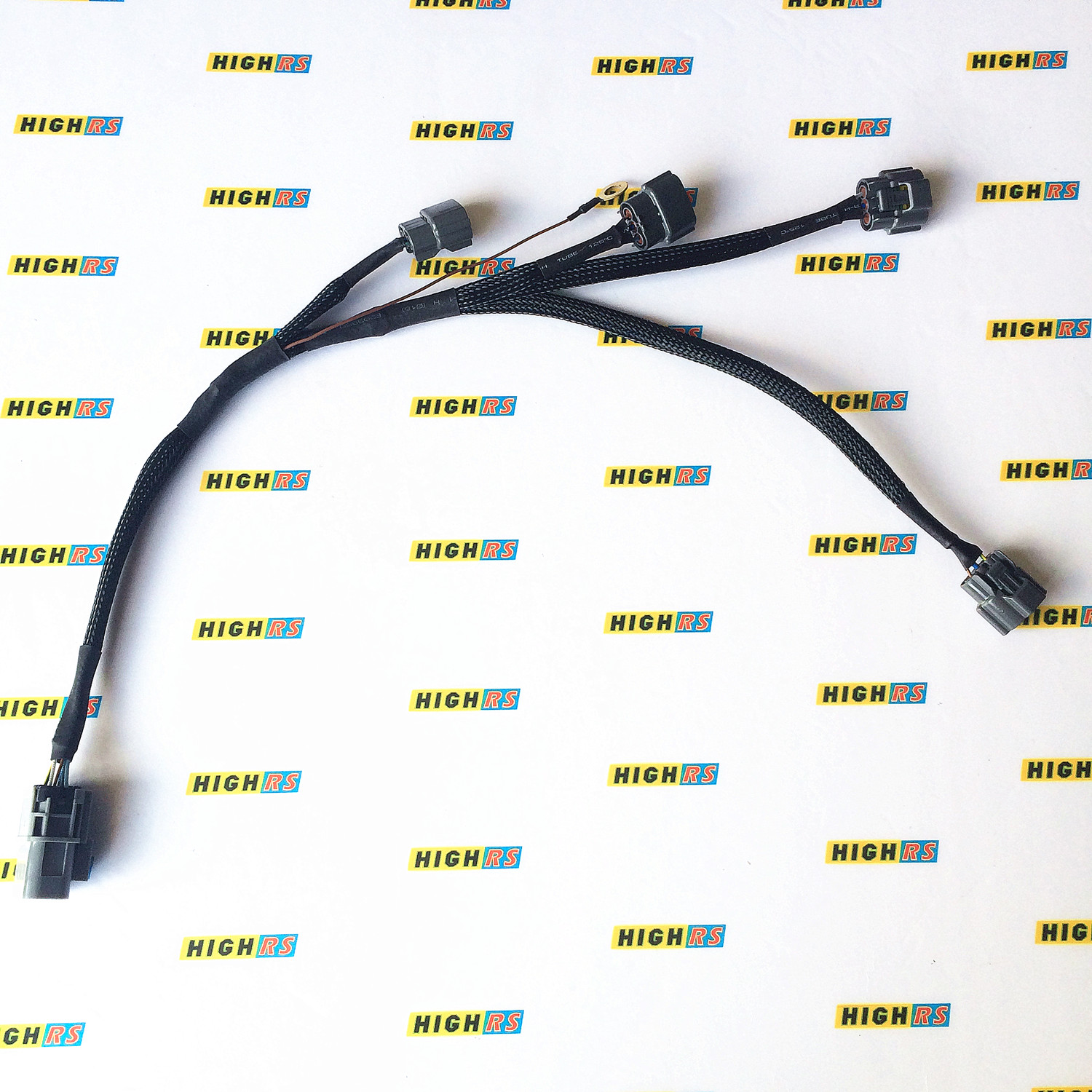 This harness is not universal to S15 engine please compare the picture  seriously