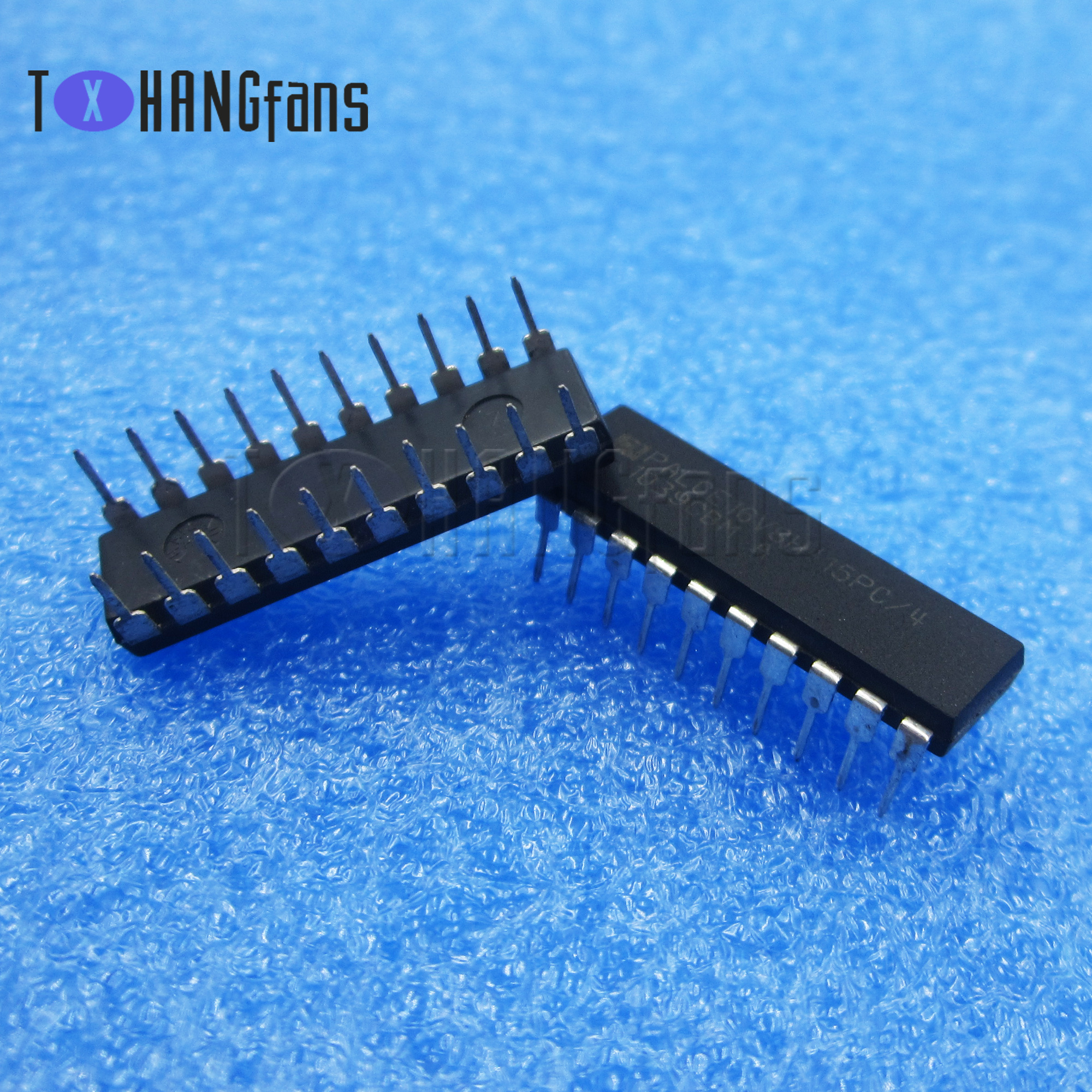 PALCE16V8H-25 PC//4 EE CMOS Universal Programmable Array Logic DIP-20 1 pcs