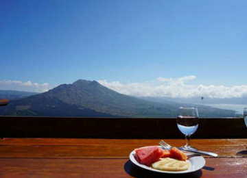Mount Batur Trekking , Hot Spring and Lunch at Kintamani