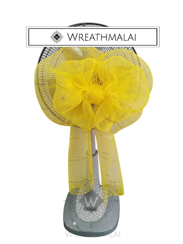 WF012 พวงหรีดพัดลมประดับเกลียวโบว์สีเหลือง ดิ้นทอง ตั้งพื้น ยืดได้  Airy 16 นิ้ว/18นิ้ว