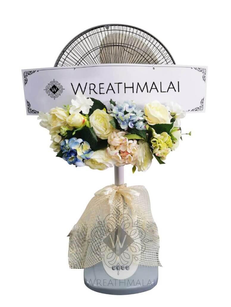 """WF027 พวงหรีด """"ช่อผกา"""" SHARP/HATARI 16 นิ้ว/18 นิ้ว ประดับดอกไม้สวยงามตาสีพาสเทล + ระบายโบว์ฐานล่าง"""