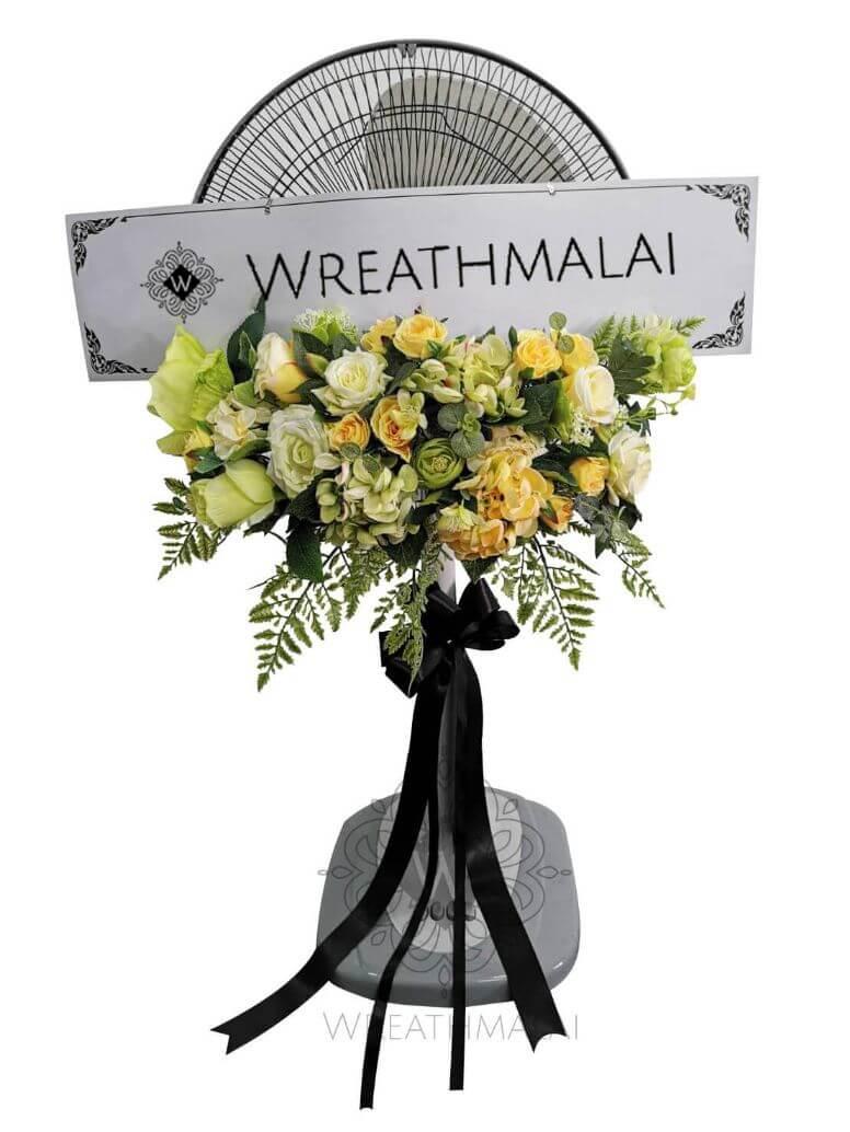 """WF031 พวงหรีด""""แพรวรำไพ"""" SHARP/HATARI 16 นิ้ว/18 นิ้ว ประดับดอกไม้สวยงามตาสีพาสเทล+ ประดับโบว์ชายสีดำ"""