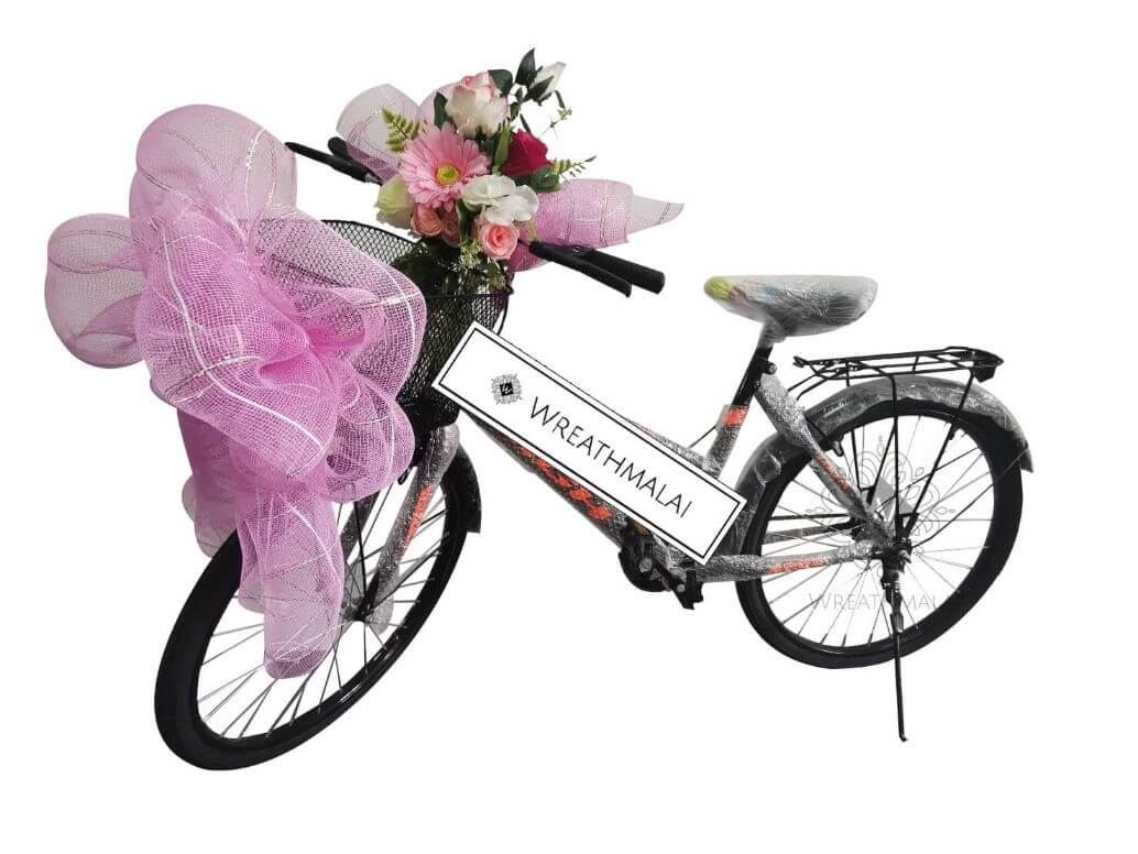 WF071 พวงหรีดจักรยานตกแต่งดอกไม้สวยงาม +มีตะกร้าด้านหน้า +โบว์ฟูใหญ่หน้าตะกร้า