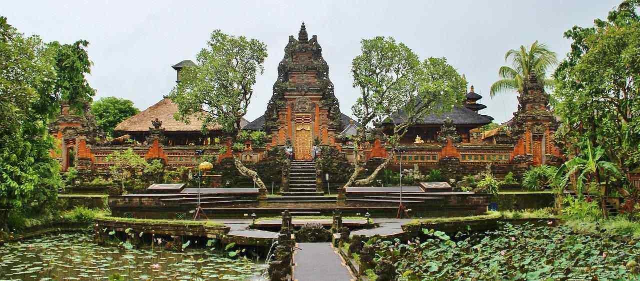Honeymoon in Bali with Uppala Villa & Spa Seminyak