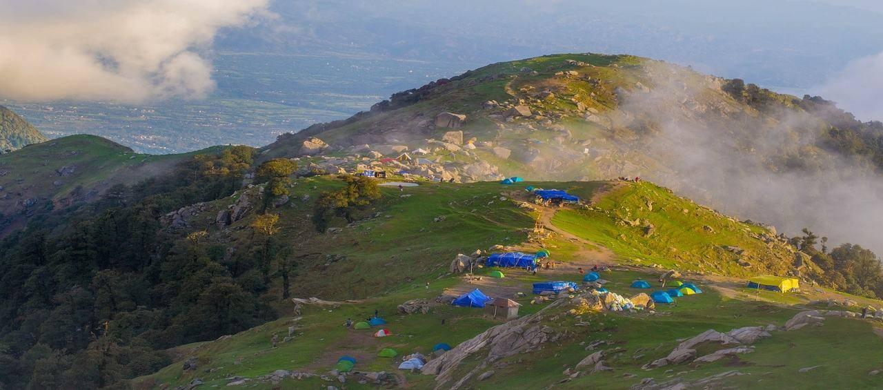 Himachal Spelndours