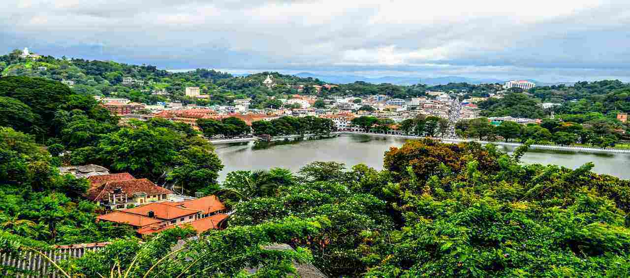 Highlights of Kandy and Colombo