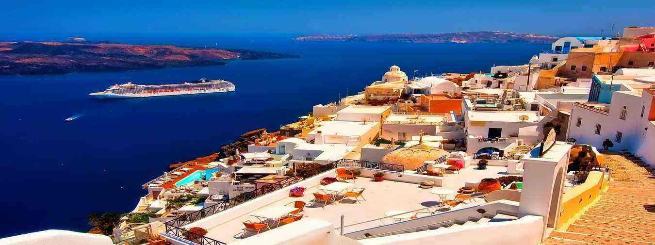 6 Nights Norwegian Cruise with Santorini