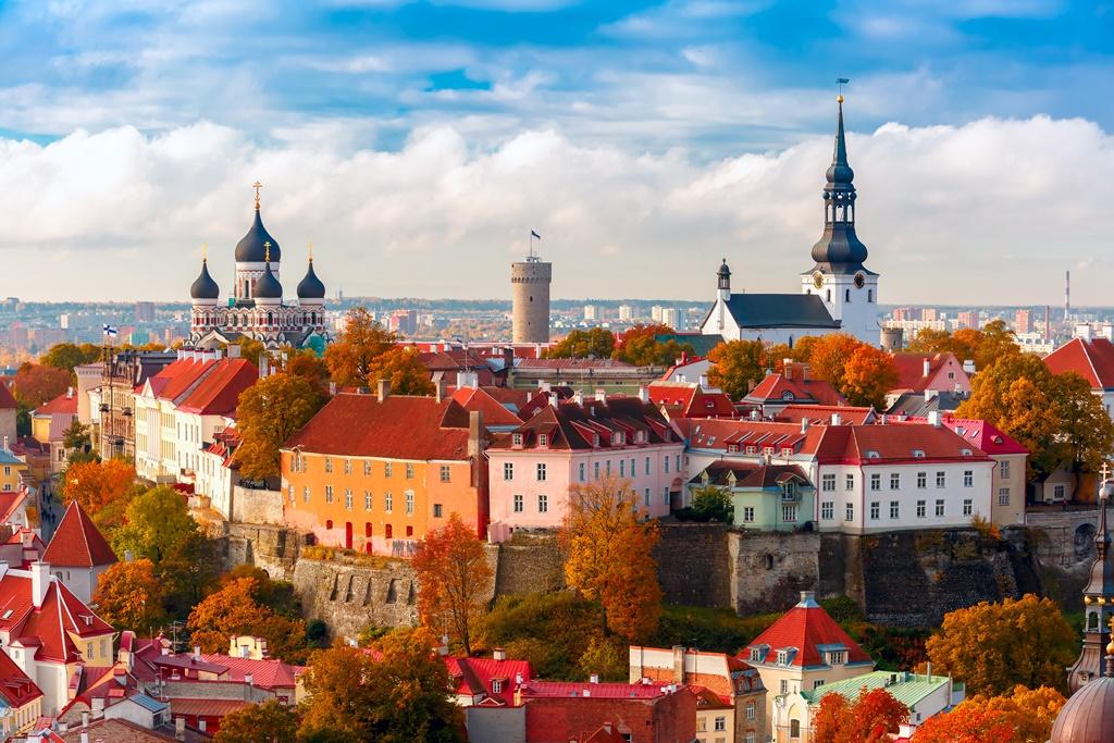 Stunning Baltics End Warsaw