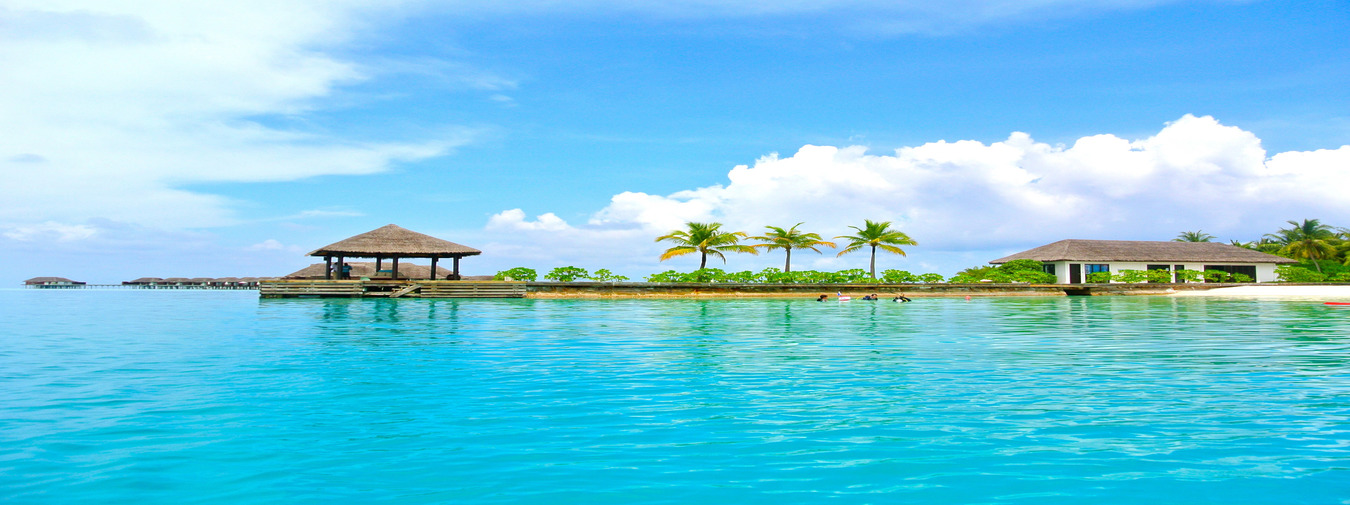 Luxury in Maldives with Taj Coral Reef Resort and Spa