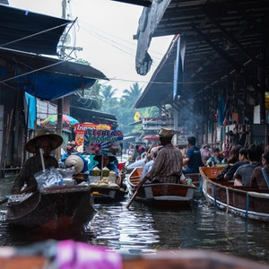 Of Boats and Bahts: The 5 Best Floating Markets in Bangkok