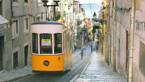 Lisbon-Madrid-and-Barcelona-mybudgettour.jpg