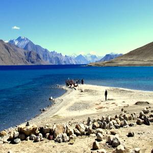 ladakh-with-air-mybudgettour.jpg